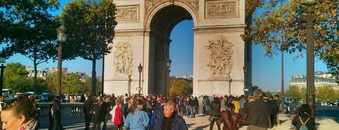 Arc de Triomphe is one of Must-See Attractions in Paris.