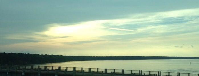 Santee Cooper Lake Bridge is one of Site Seeing.