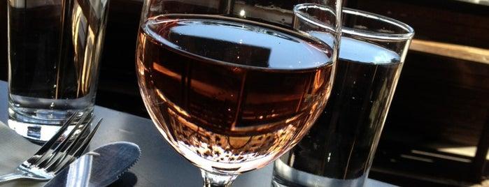 Venice Beach Wines is one of Go Vino in LA!.