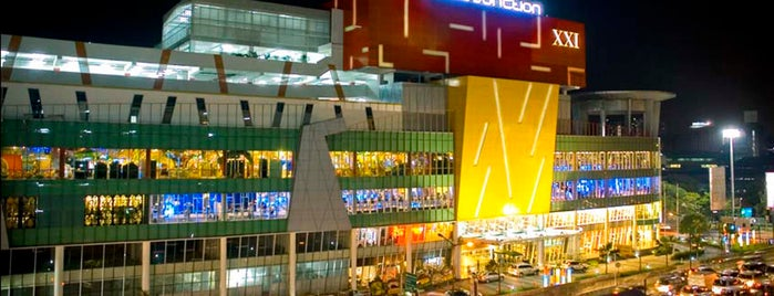 Pluit Junction is one of Malls in Jabodetabek.