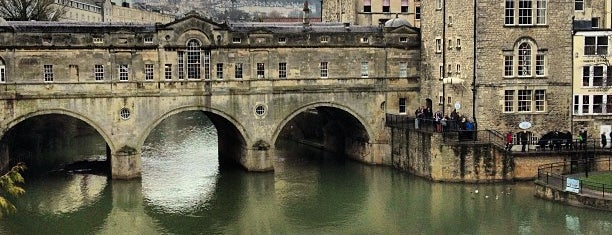 Pulteney Bridge is one of Favourite Great Outdoors.