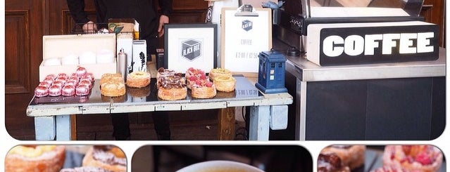 Black Box Coffee is one of 100+ Independent London Coffee Shops.