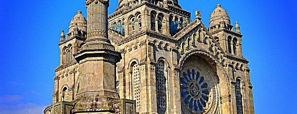 Santuário de Santa Luzia is one of Locais obrigatórios em Viana do Castelo.