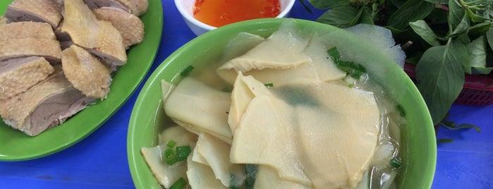 Bún Ngan Cửa Đông is one of Măm măm ~.^.