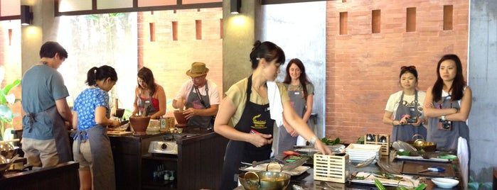 Baipai Thai Cooking School is one of Bkkfatty Cooking Schools.