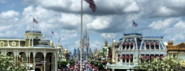 Main Street, U.S.A. is one of Magic Kingdom Guide by @bobaycock.