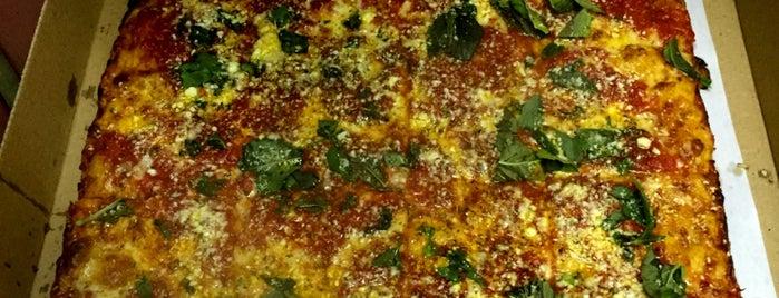 Joe's Restaurant & Pizzeria is one of Chris's tips.