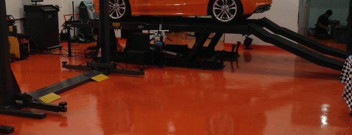 Orange Motorsports is one of Hardyfloor Pisos e Revestimentos.