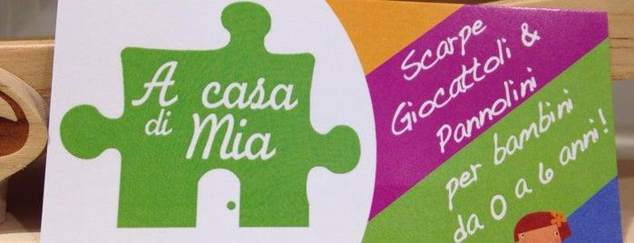 A Casa di Mia is one of Negozi infanzia.