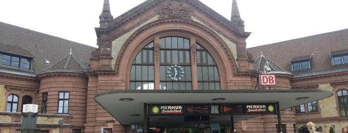 Osnabrück Hauptbahnhof is one of Ausgewählte Bahnhöfe.