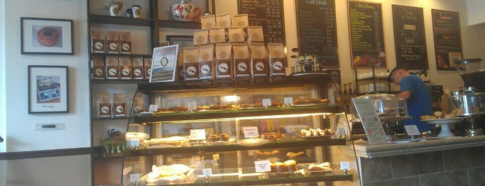 Coffee & Cakes is one of Free WIFI Hot Spots in Durham Region.