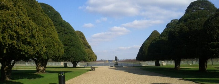 Hampton Court Palace Gardens is one of Favorite Great Outdoors.