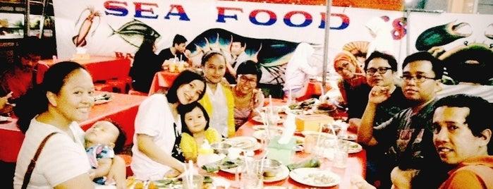 Sea Food 68 Arteri Pondok Indah is one of Farah's tips.
