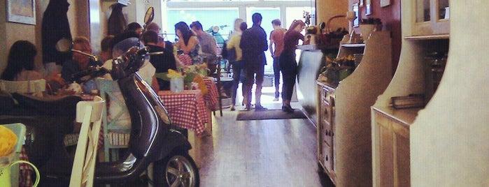 Caffe Italia is one of ресторации.