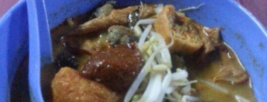 Planet Curry House is one of Food in Kuantan, Pahang.