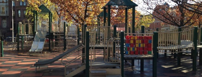 Underwood Park is one of Playgrounds.
