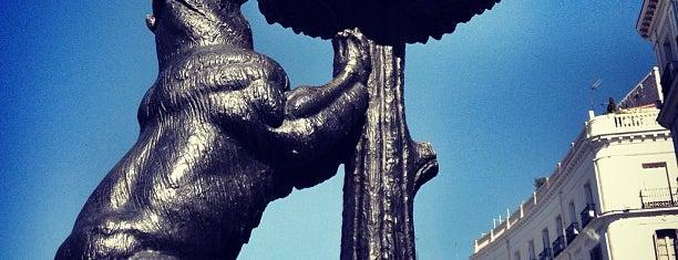 Estatua del Oso y el Madroño is one of @ Madrid (MD, España).