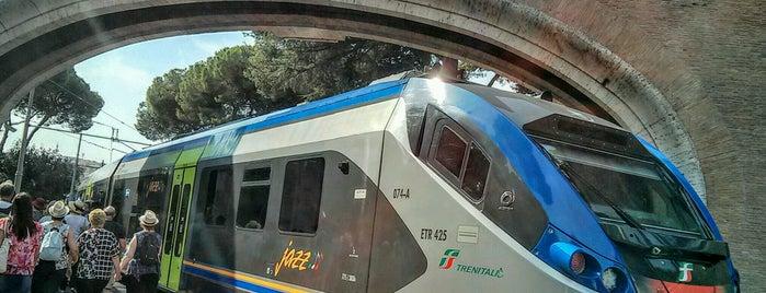 Stazione Città Del Vaticano is one of l'amore [a Roma] dice ciao.