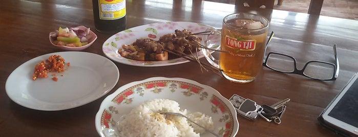 """Sate """"Batibul Bang Awi"""" Jl. Raya Ujung Rusi Adiwerna Kab Tegal is one of Tempat Makan Enak."""