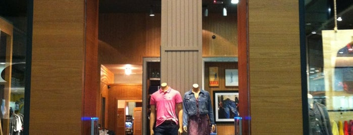 Levi's is one of Shopping SP Market.