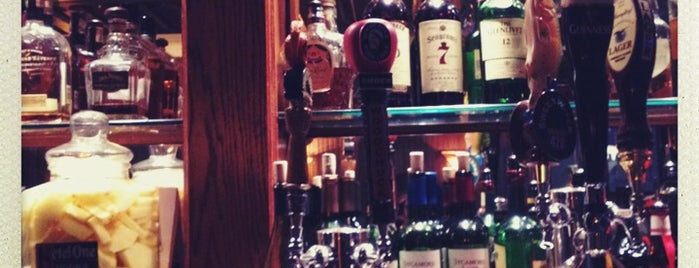 Eleventh Street Pub is one of Need to visit.