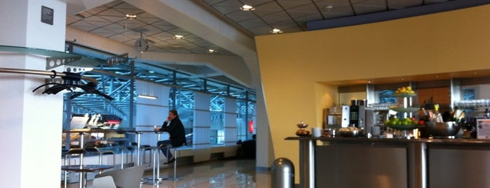 Lufthansa Senator Lounge is one of Airport Lounges.