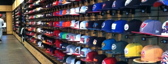 New Era Flagship Store: Chicago is one of New Era Stores.