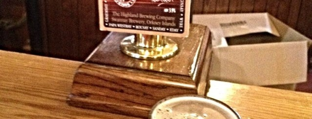 Roseburn Bar is one of Real Ale in Edinburgh.
