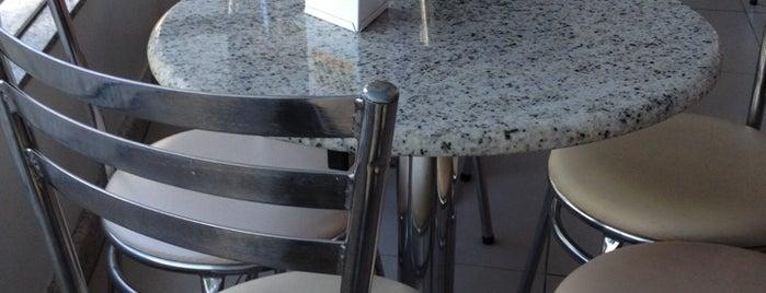 Hotel araujo for Table ronde 14 personnes