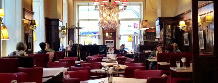 Café-Restaurant Diglas is one of Best of Wiener Kaffeehaus.