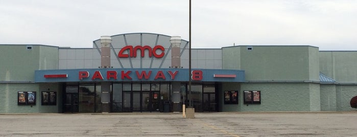 AMC Parkway 8 is one of Springfield, Springfield!!.