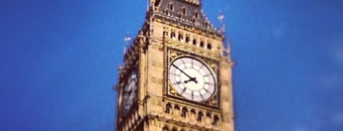 Elizabeth Tower (Big Ben) is one of London City Badge - London Calling.