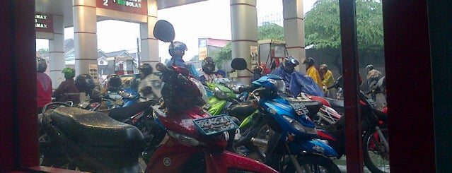 SPBU Karang Tengah© is one of dekaaaaaat.