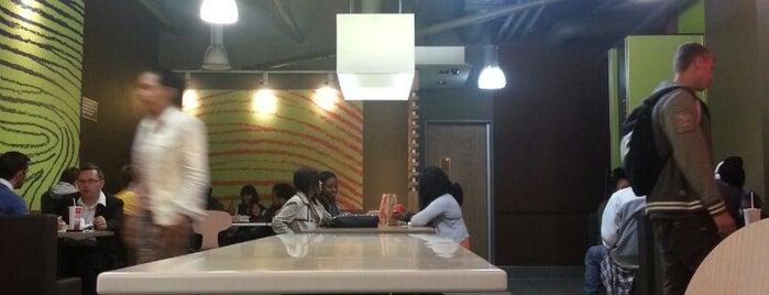 McDonald's is one of Любимые Места.