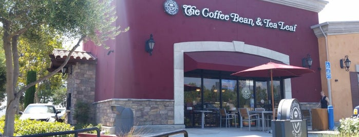 The Coffee Bean & Tea Leaf is one of Caffieeeeeene.