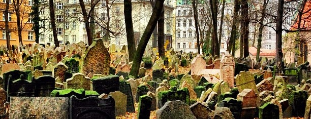 Starý židovský hřbitov | Old Jewish Cemetery is one of Praga 3 Dias.