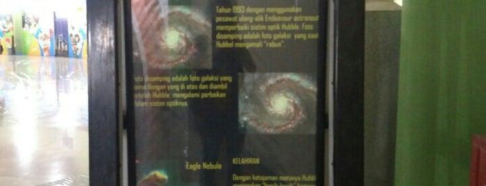 Pusat Peragaan IPTEK is one of Enjoy Jakarta 2012 #4sqCities.