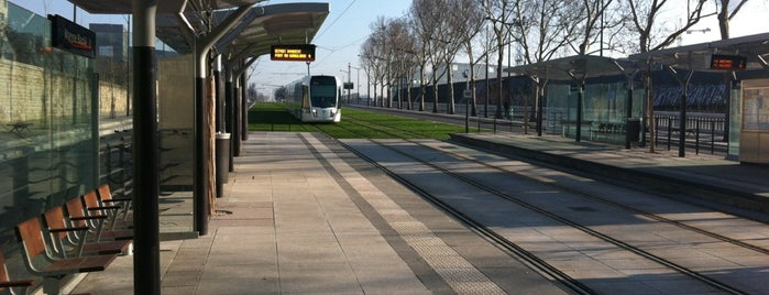 Station Maryse Bastié [T3a] is one of Tramway T3a.