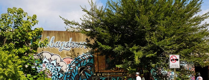 """Cabbagetown is one of """"Diners, Drive-Ins & Dives"""" (Part 1, AL - KS)."""