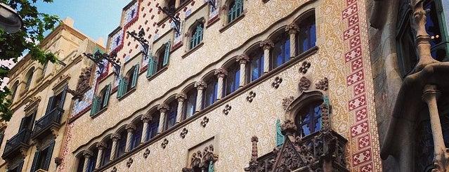 Casa Amatller is one of Museus i monuments de Barcelona (gratis, o quasi).