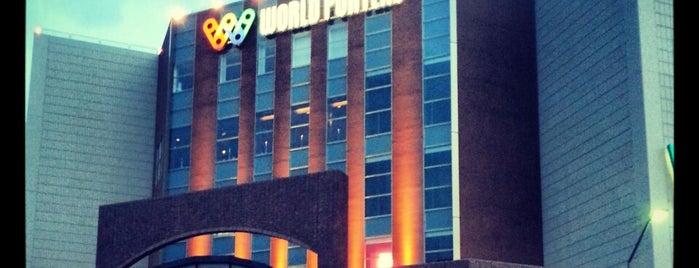 横浜ワールドポーターズ (Yokohama World Porters) is one of 横浜に来たらここに行くべし.
