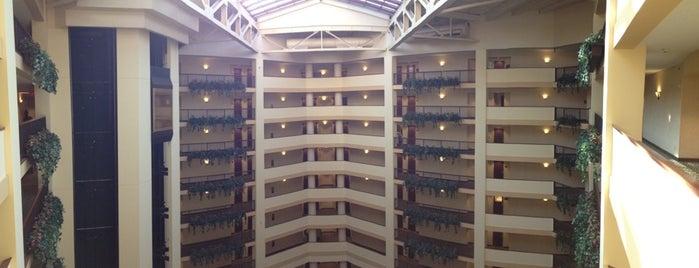 Renaissance Tulsa Hotel & Convention Center is one of Ren.
