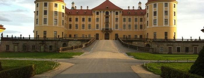 Schloss Moritzburg is one of Burgen und Schlösser.