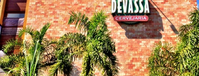 Cervejaria Devassa is one of Lugares....
