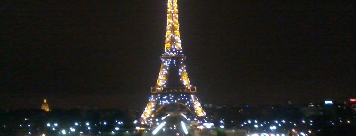 Place du Trocadéro is one of Favorite Great Outdoors.