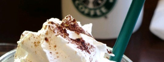 Starbucks is one of gizemik gezerse (:.