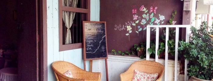 ครัวขนม is one of ╭☆╯Coffee & Bakery ❀●•♪.。.