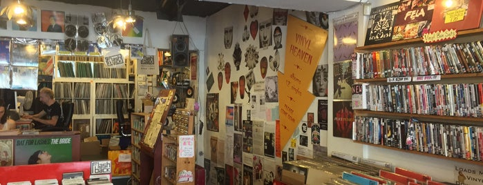 Flashback Records is one of Bin Flipping: Record Shops #vinyl.