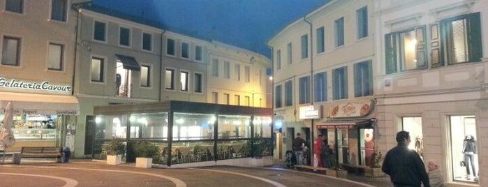 Piazza XX Settembre is one of Fiere ed eventi.
