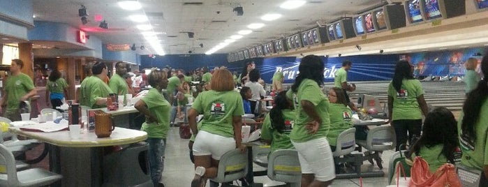 Brunswick Riverview Lanes is one of Attractions.